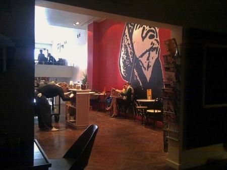 Het interieur van Caffènation