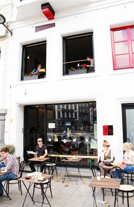 Het terras van de Caffènation