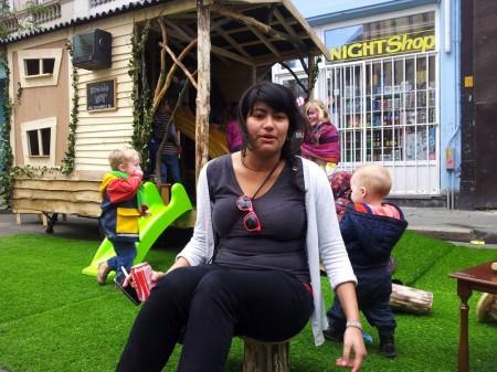 Carmen op de speeltuin