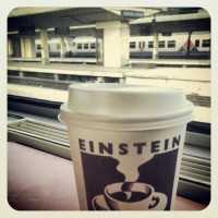 Einstein koffie op de trein