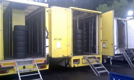 Vrachtwagens met Micheline banden