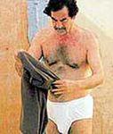 Saddam Hoessein in zijn ondergoed