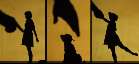 Dog girl, hoofdrolspeelster in Shadowland