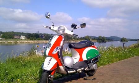 Vespa scooter in Limburg